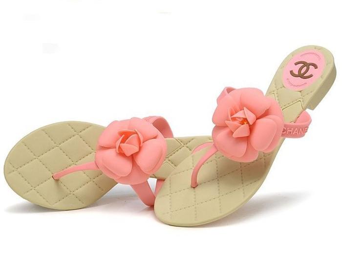 обувь для пляжа-вьетнамки или сланцы