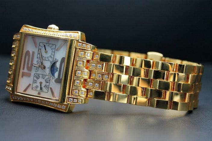 золотые часы charmex с бриллиантами