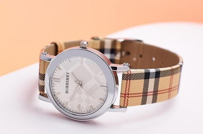 часы Burberry Classic