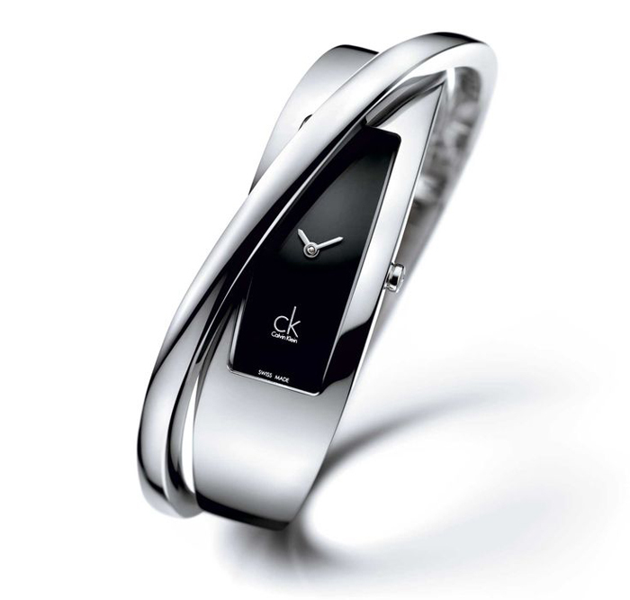 наручные фэшн-часы швейцарского бренда Calvin Klein