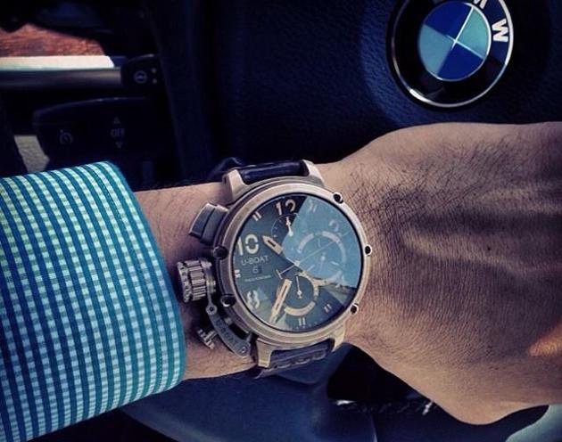 современные часы U-BOAT доработанные часовщиком Итало Фонтана